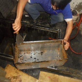 淡水清理截油槽